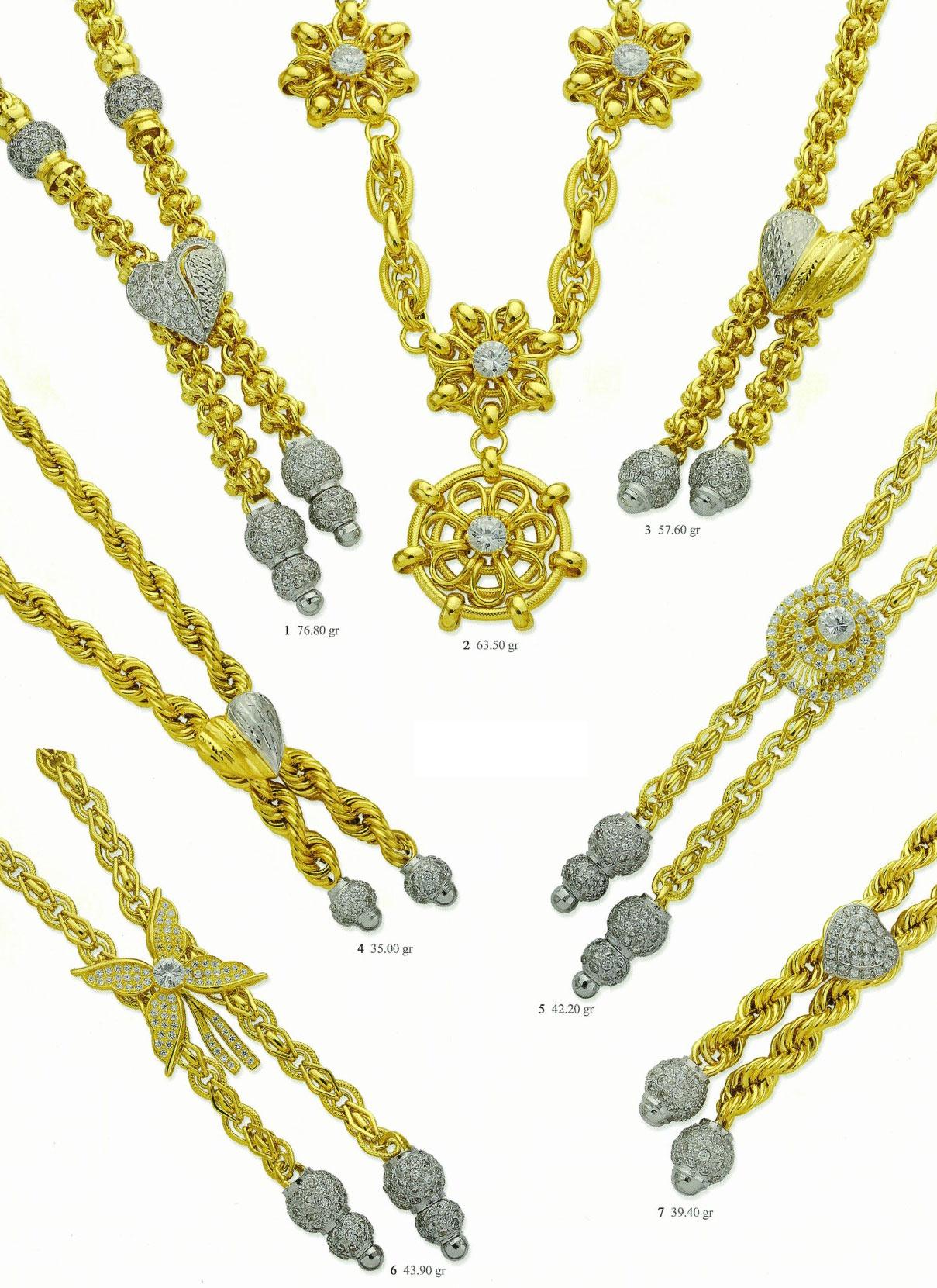 8_necklaces_M1